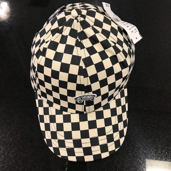 1652b11b7ef Nwt Vans off the Wall Checkerboard Hat Cap